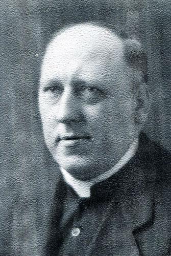 1925-joseph-adams