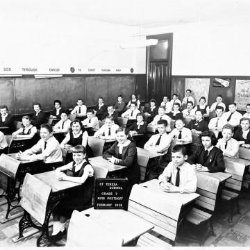parishioners-Teterycz-school_1958-Grade-7,-Miss-Posthoff